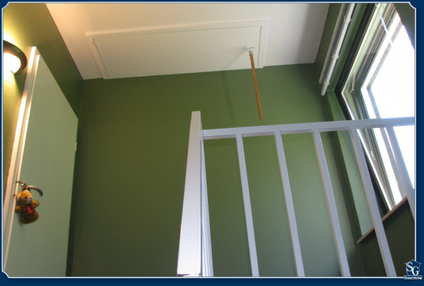 sg hausoptimierung treppenhaus in moosgr n. Black Bedroom Furniture Sets. Home Design Ideas